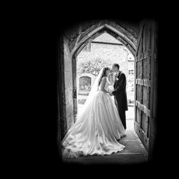 Wedding Photography Knowle Parish Church & Nuthurst Grange – Annette & Daniel