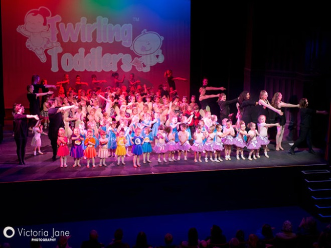 Twirling Toddlers Lets Groove Dance Show